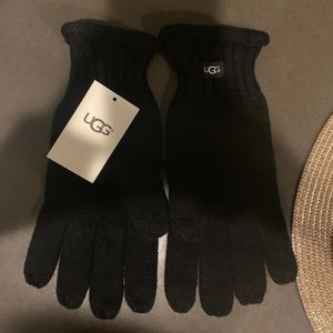 UGG touch screen gloves